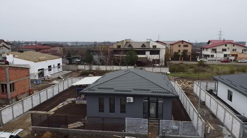 Vila in ansamblu rezidential Cernica