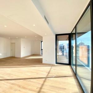 Apartament singur pe nivel, 4 dormitoare; Imobil finalizat