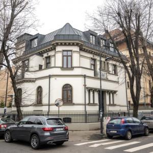 Vila inchiriata integral, Consolidata/Renovata 2019! Destiantie Birouri